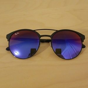 Like New! Ray-Ban Phantos Sunglasses